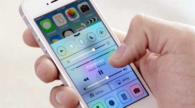 Como desativar o efeito translúcido no iOS 7